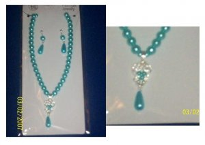 Set of Necklace and Earings