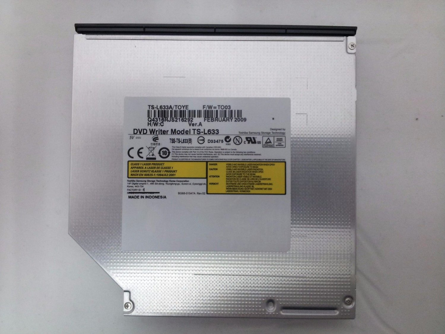 how to open cd drive on acer aspire
