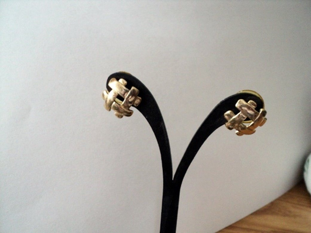 Gold Tone Hashtag Pound Sign Stud Earrings #00224