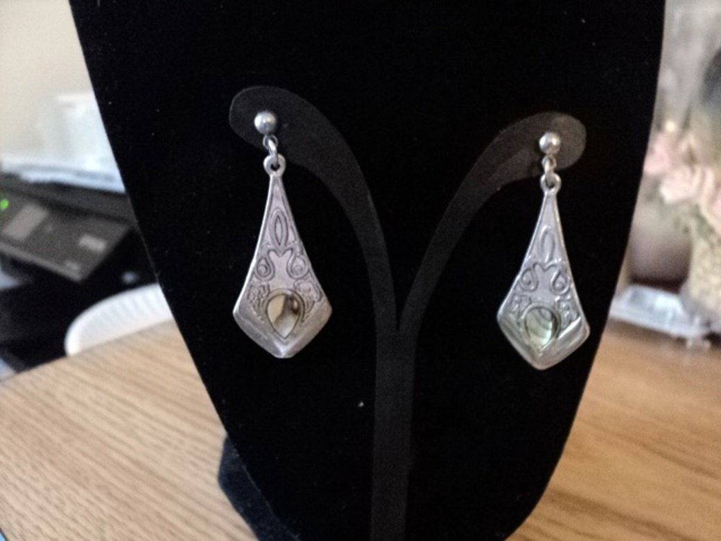 Silver Tone Green Teardrop Dangle Earrings #00123