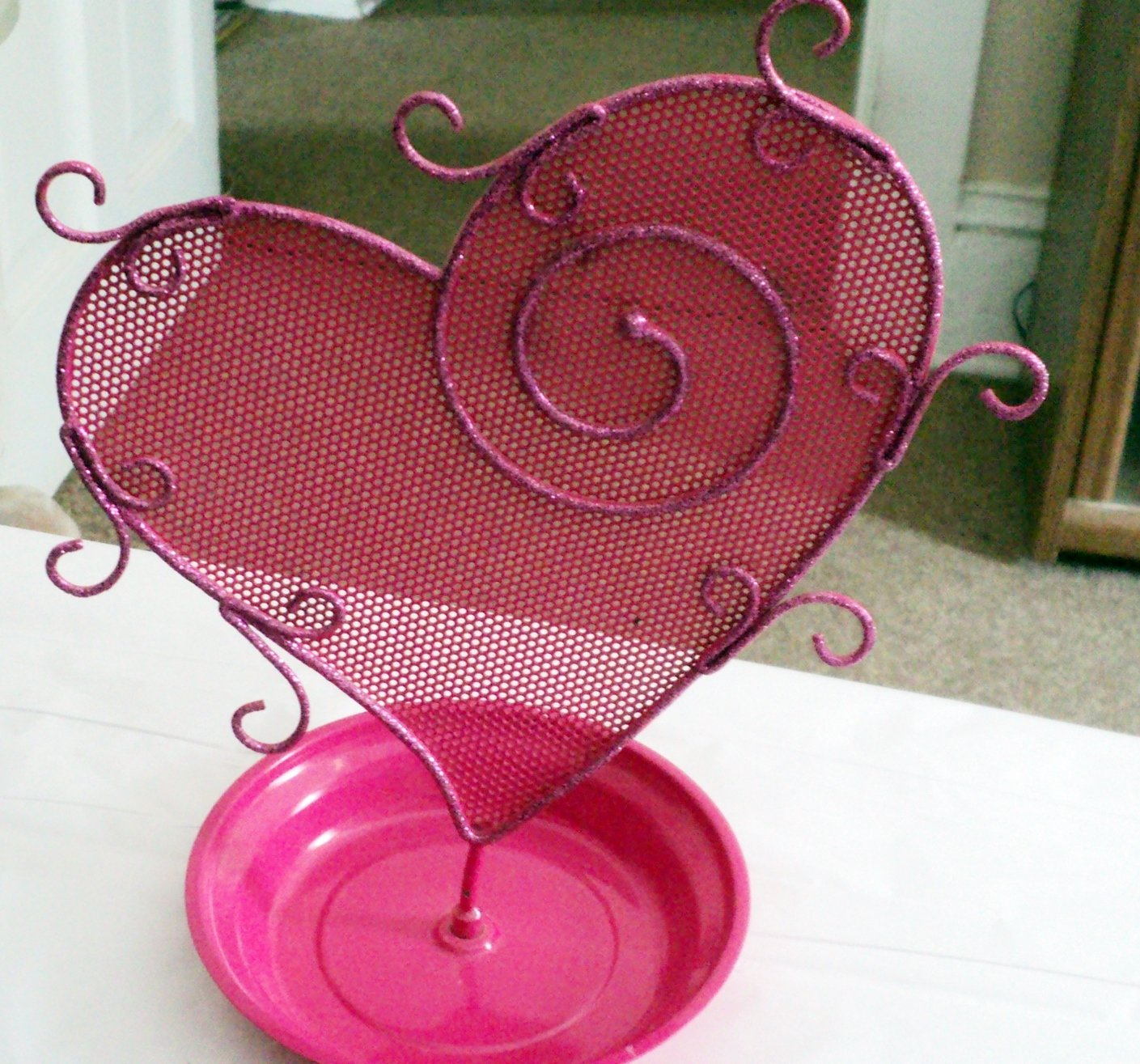 Bright Pink Heart Bling Metal Mesh Earring Ear Stud Jewelry Display Holder Rack #00237