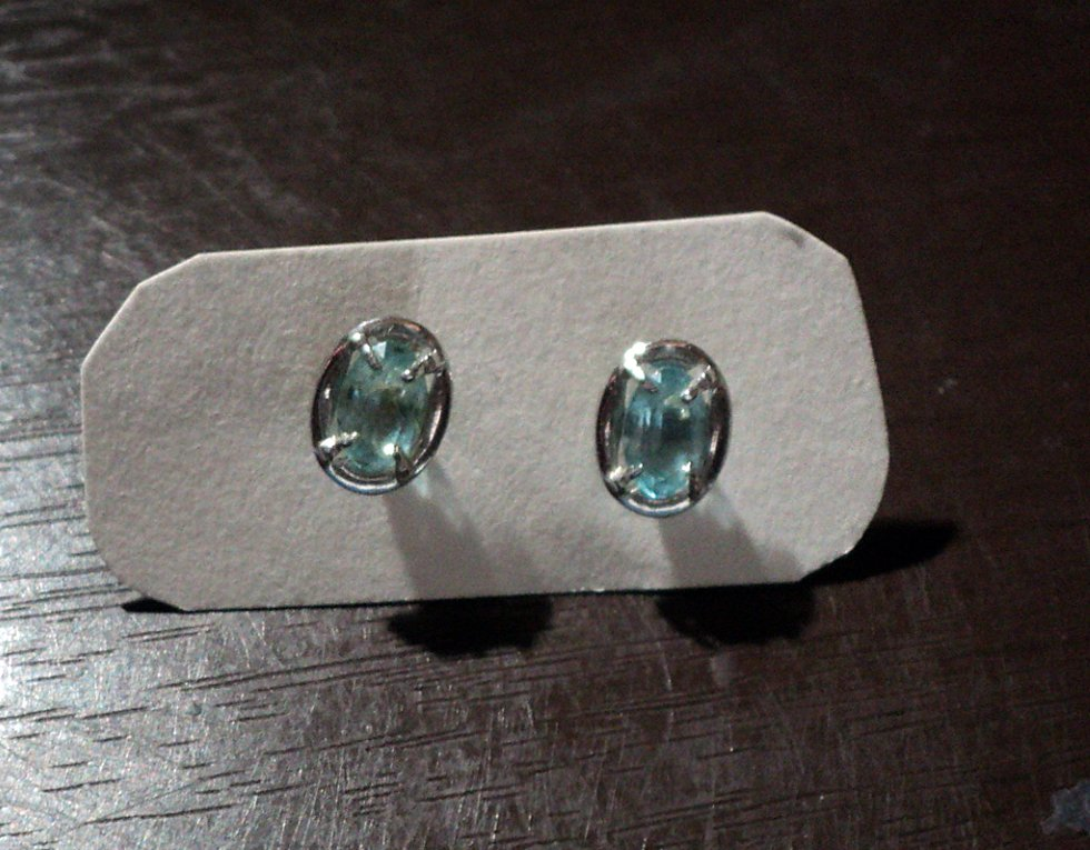 Silver Tone and Clear Blue Stones Stud Earrings #00250