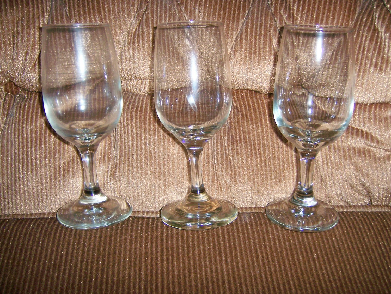 Tall Wine Glasses Set Of 3  BNK135