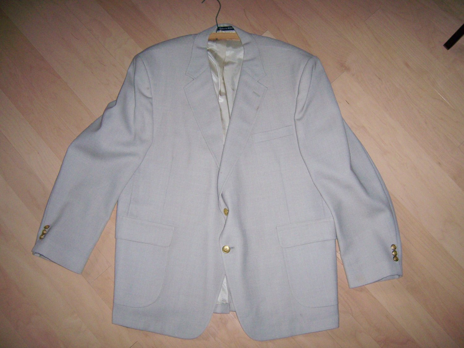 Men's Light  Tan Suit  44 Long  BNK261