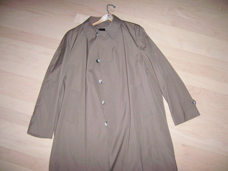 Men's Overcoat with Zip In Lining Size 48 T  BNK276