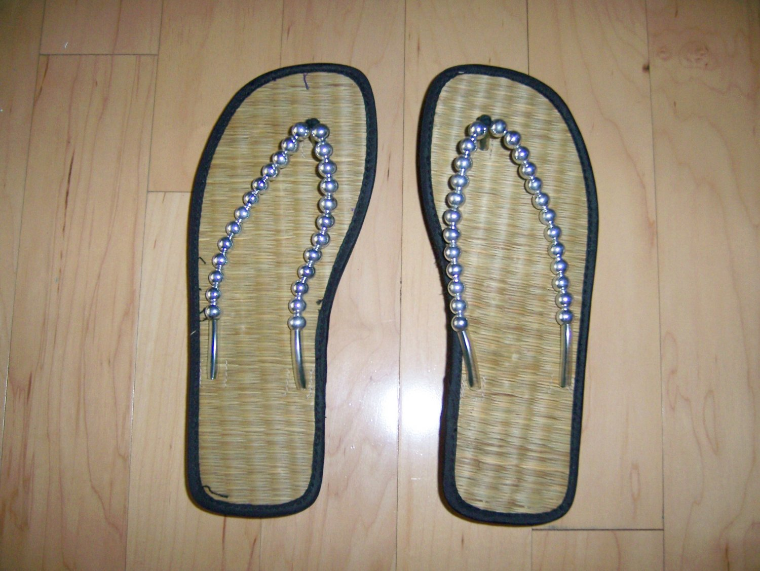 Ladies/Misses Thong Sandals Size 7 BNK280