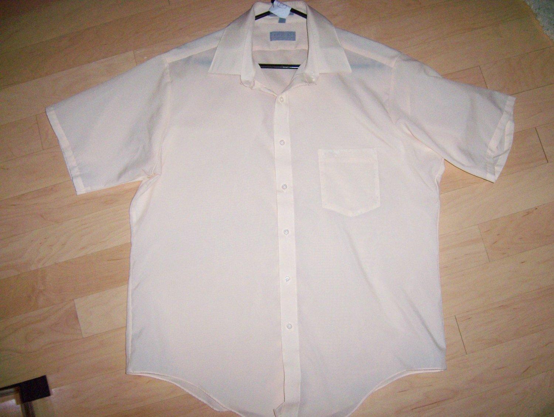Men's Short Sleeve Shirt by Super Silk BNK599