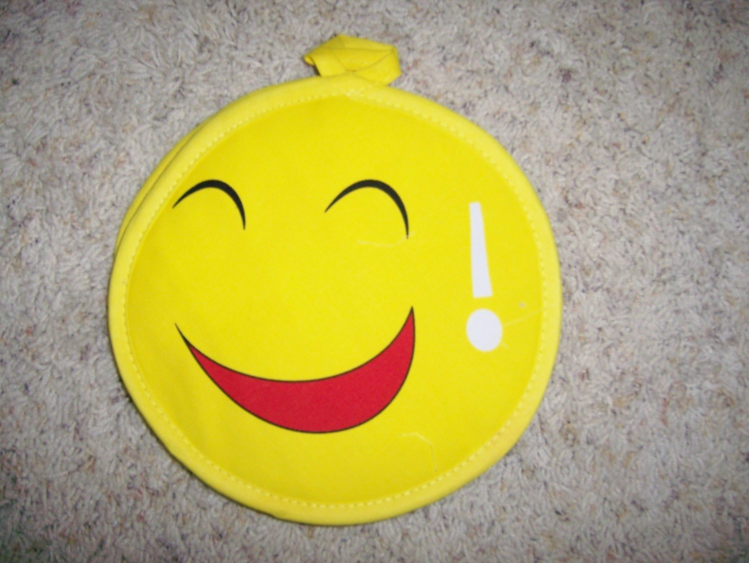 Set Of Two Smiley Faces Pot Holders BNK606