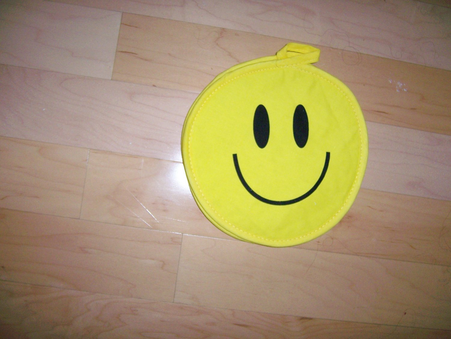 Set Of Two Smiley Faces Pot Holders  BNK607