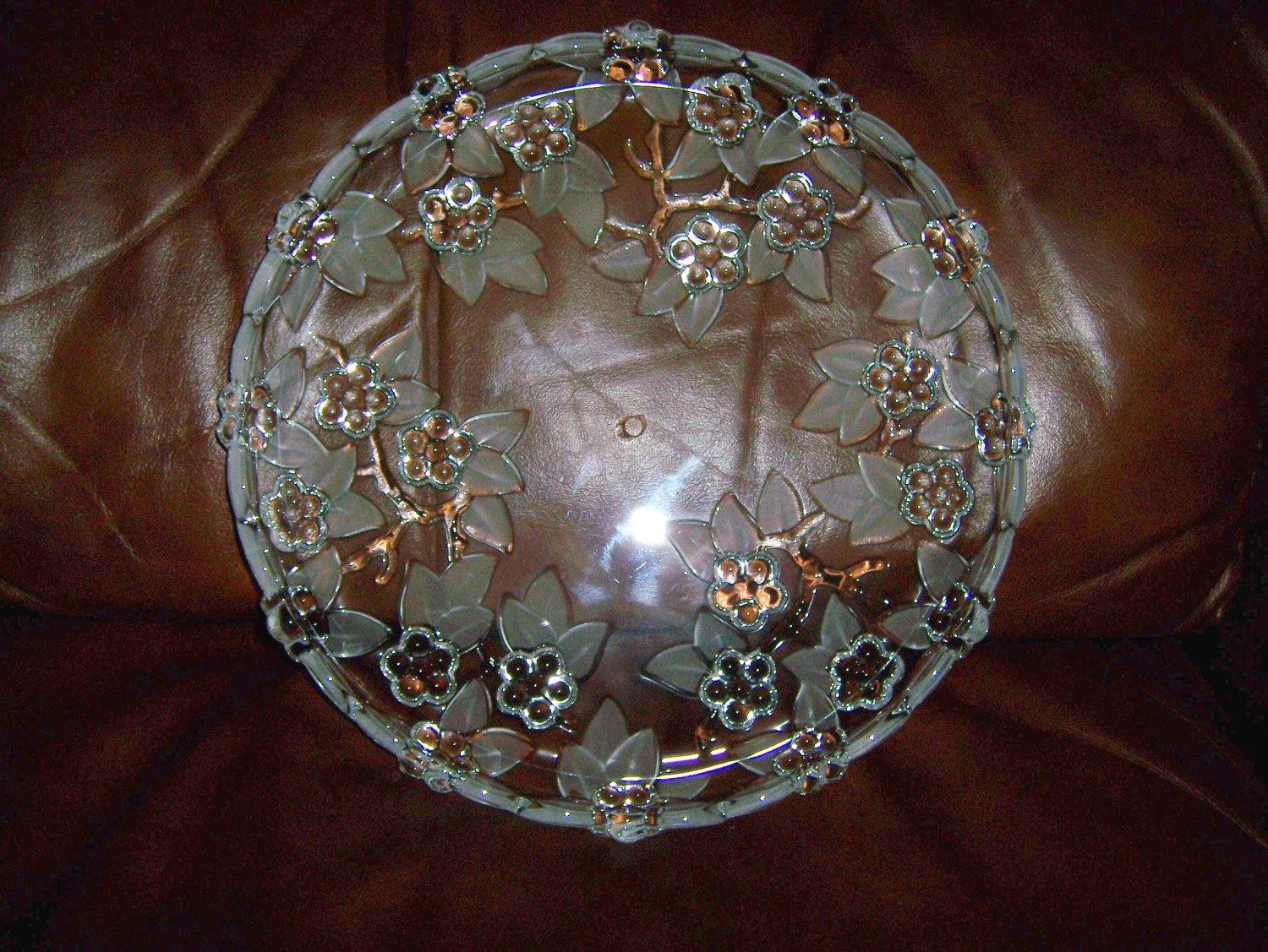 Serving Plate with  Decorative  Designs BNK662