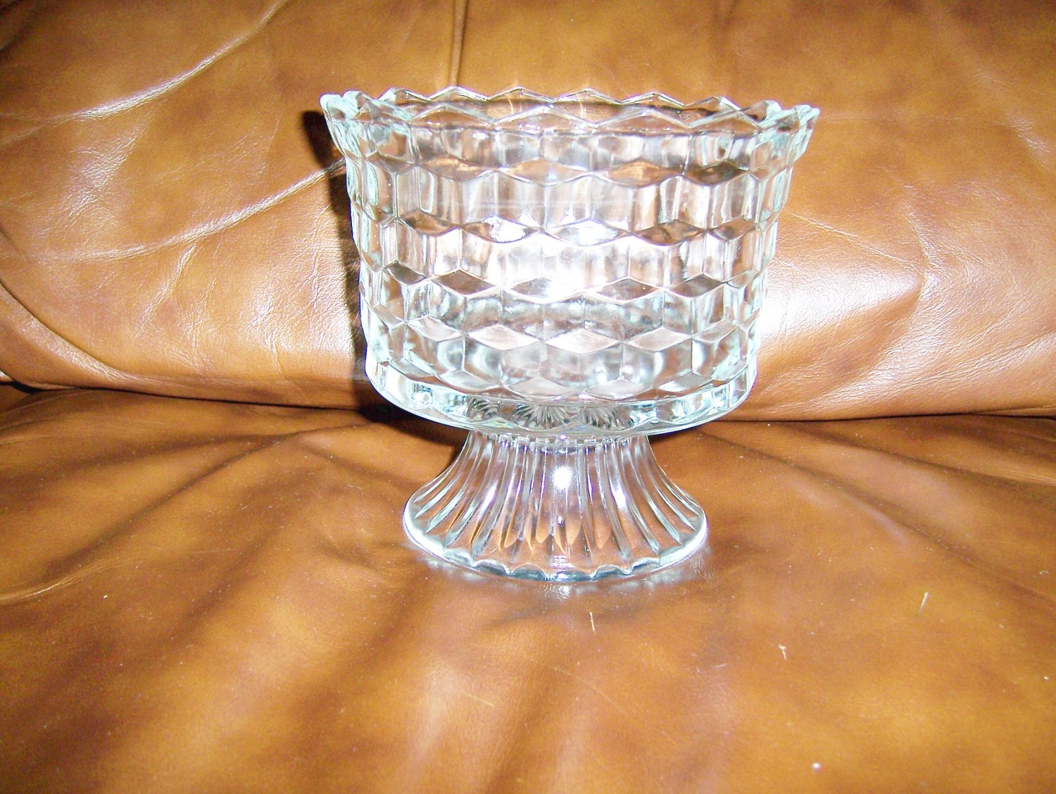 Open Decoratated Glass Serving Bowl BNK668