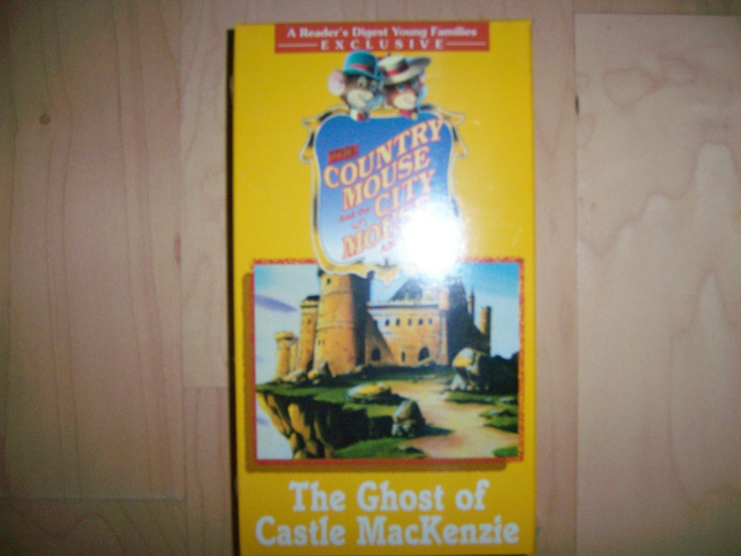 VHS Country & City Mouse The Ghost Of Castle MacKenzie BNK783