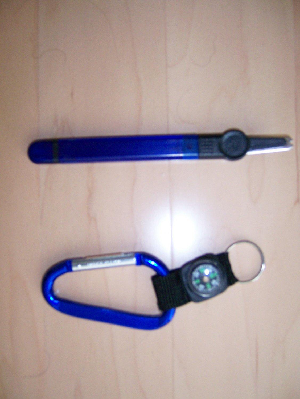 Key Chain w Compass,Staple Remover BNK834