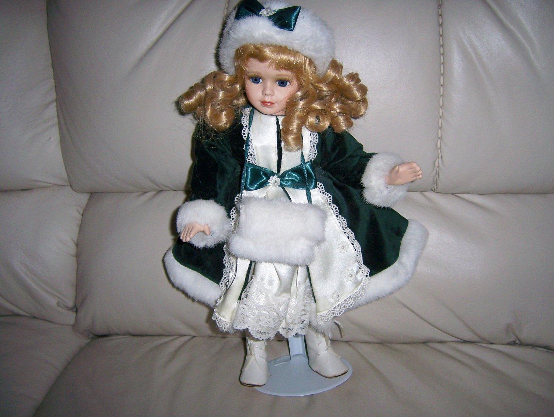 "Joannie Blond Special 13"" Doll  BNK849"