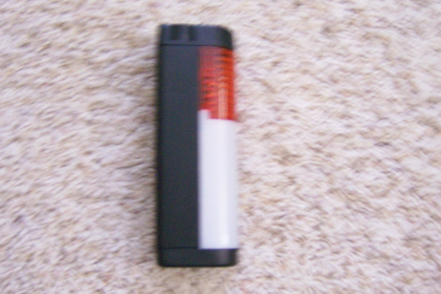 Compact Flashlight w Red Flare BNK884