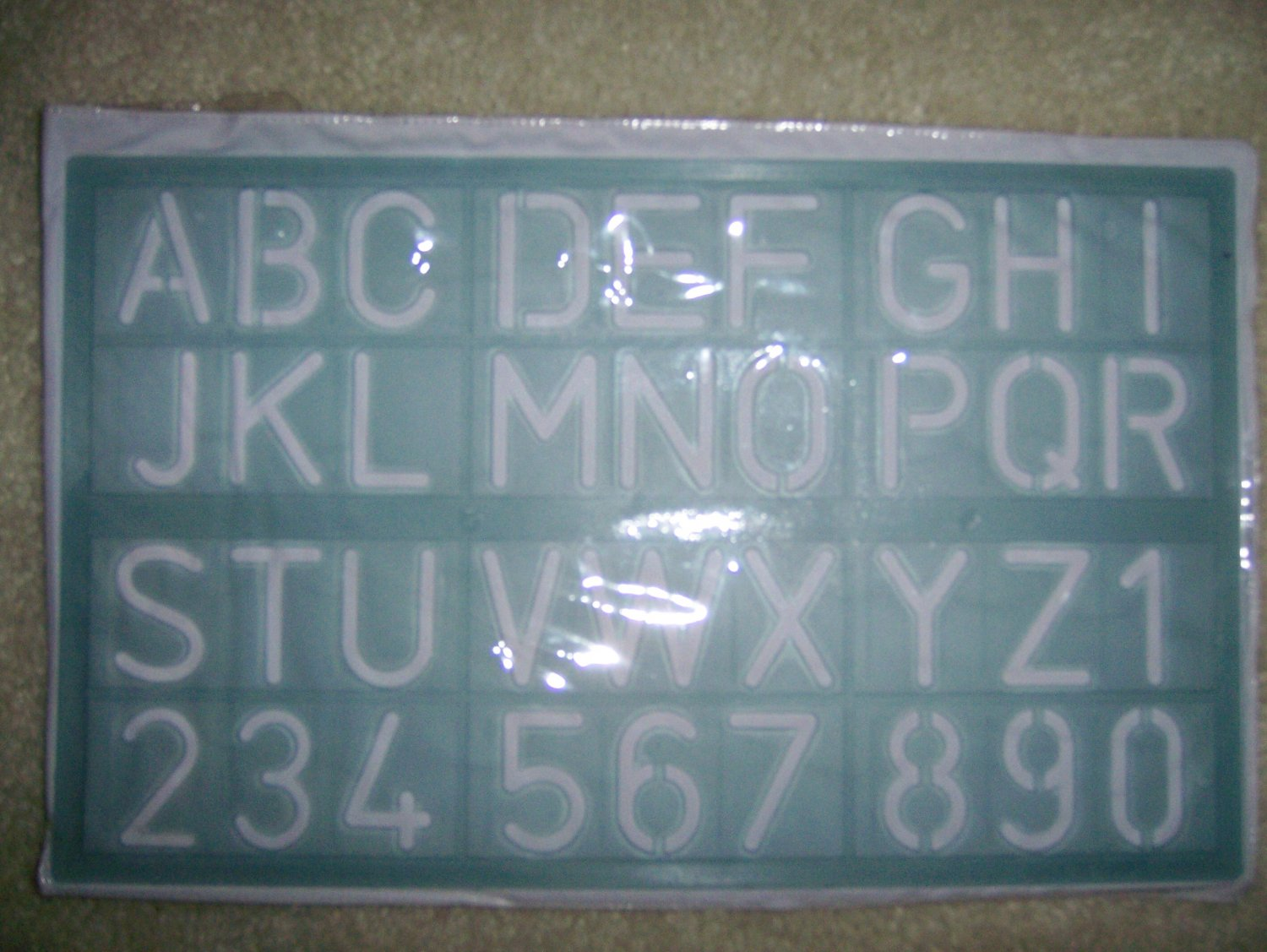 Stensil Kit Capital Letteers & Numbers  BNK916