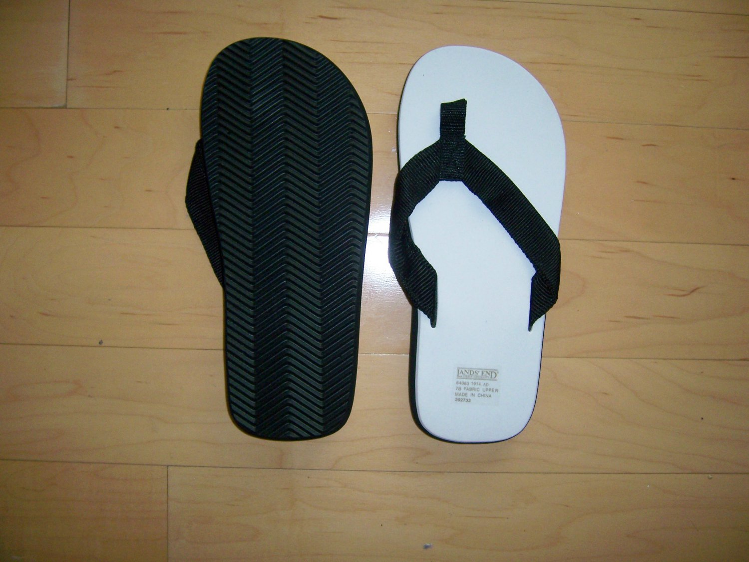 Black./White Sandals  7B By Lands End BNK1028