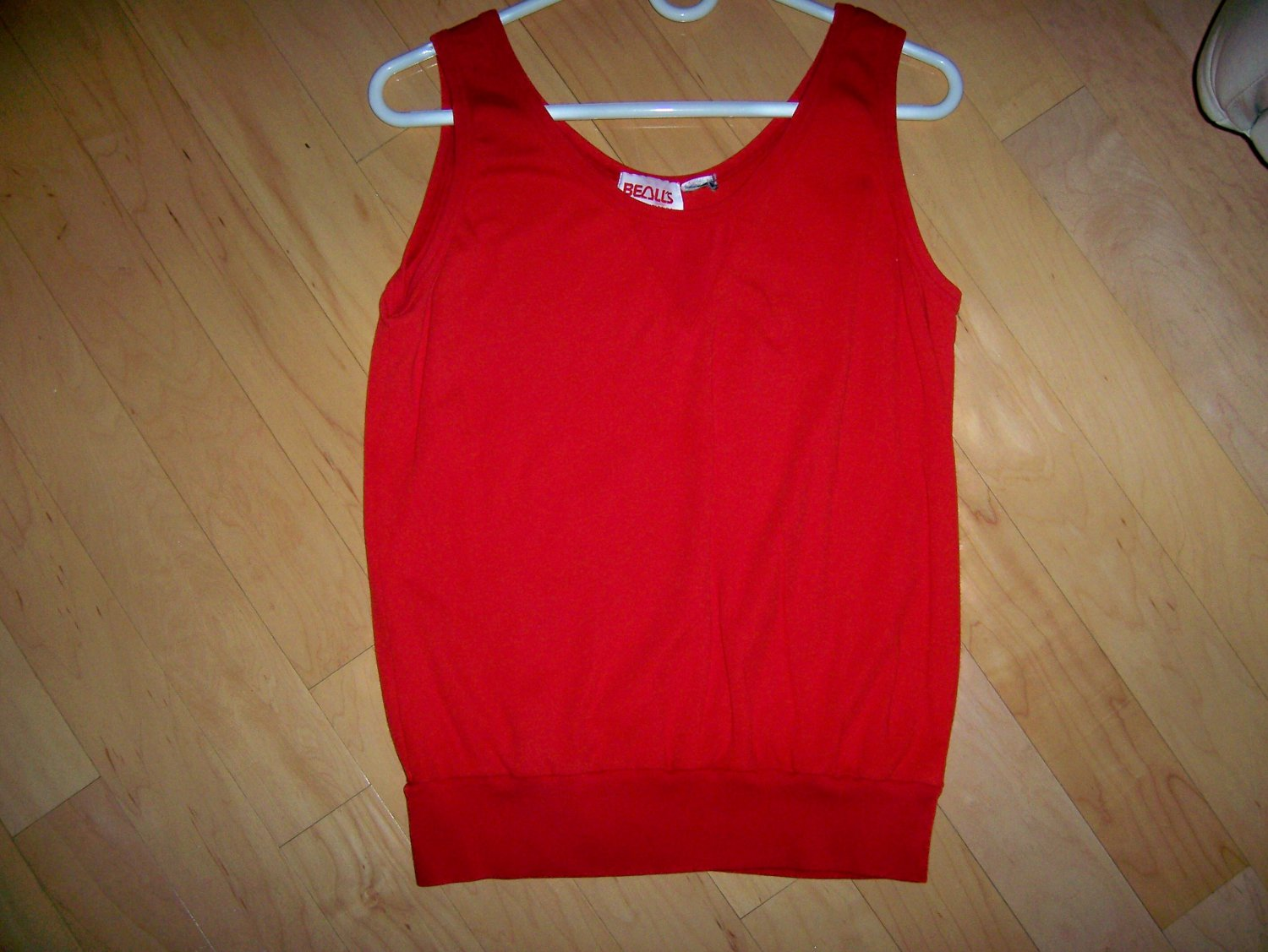 Ladies Tank Top Red By Bealls Size  10 BNK1622