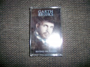 "Cassete ""Garth Brooks Beyond The Season""  BNK1669"