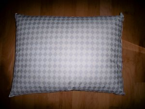 Regular Sized Polyester Foam Pillow  BNK2549