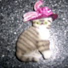 "Magnet 3"" Cat Grey/White W Rose Plumb Hat  BNK2711"