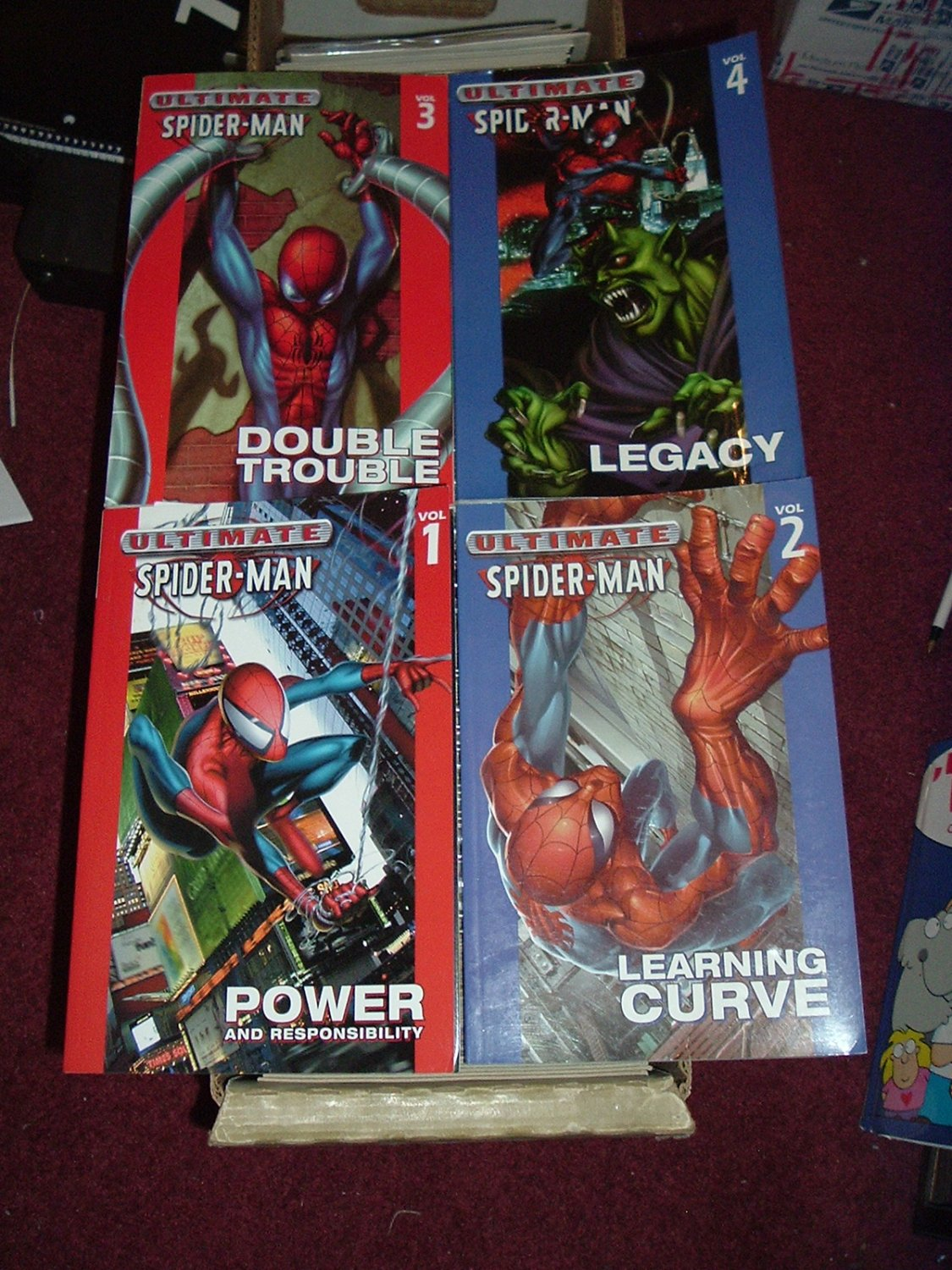 Ultimate Spider-Man TPB Volume #1, 2, 3, 4 Run (Collects Marvel Issues #1-27) Bendis story
