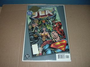 JLA #1 Milenium Edition FIRST PRINT (DC Comics) VERY FINE+ condition, by Grant Morrison
