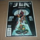 JLA #8 VERY FINE+ (DC Comics, Grant Morrison) justice league of america comic For Sale