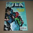 JLA #16 VERY FINE (DC Comics, Grant Morrison) justice league of america comic For Sale