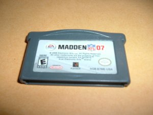 Madden NFL 07, 2007 (Nintendo Gameboy Advance) TESTED & WORKS GREAT, game For Sale