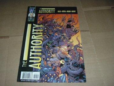 Authority #10 (vol 1) Warren Ellis Bryan Hitch (DC Wildstorm Comics 2000) FLAT RATE SHIPPING SPECIAL