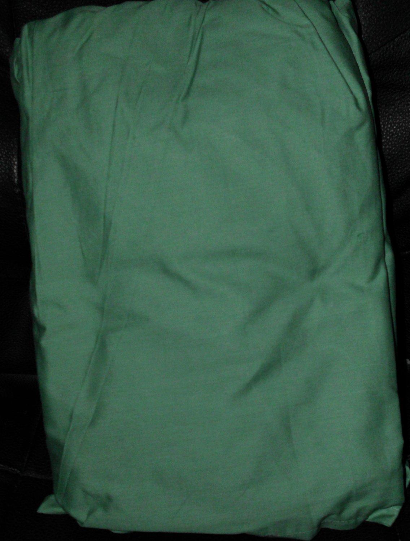 New QUEEN Scenario Bedskirt Malachite