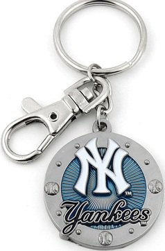 Key Chains:Model: MLB - NEW YORK YANKEES Key Chain