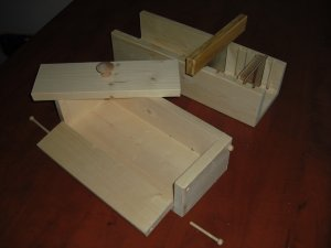 WOODEN SOAP MOLD COLAPSABLE 4-5 LB / CUTTER SLICER