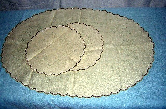 Irish Linen Stamped Table Mats Scalloped Edge Set of 3 hc1134