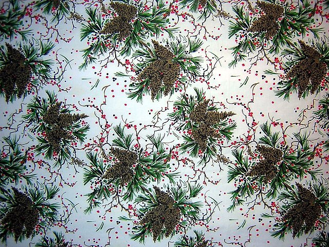 Pine cone holiday poly/cotton tablecloth, sheet, fabric to cut vintage linens hc1185