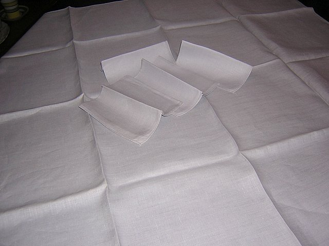 Gray linen tablecloth 4 matching napkins threadwork hem absolutely plain vintage linens hc1213