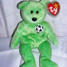 Kicks retired Ty beanie baby soccer bear mint bilingual tags hc1258