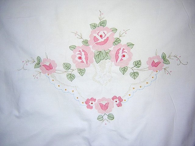 Appliqued cotton pillow sham pink roses threadwork button placket vintage linens hc1311