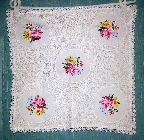 Cross-stitched roses crocheted lace cushion cover vintage linens hc1415