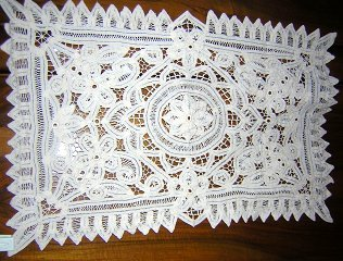 Pair Battenburg lace table place mats or doilies vintage hc1476