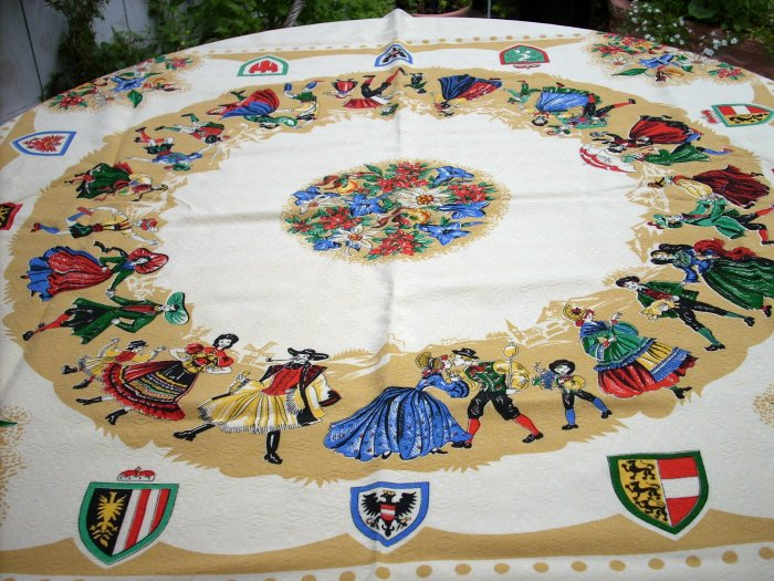 Jacquard tablecloth European costumes coats of arms colorful souvenir vintage linens hc1518