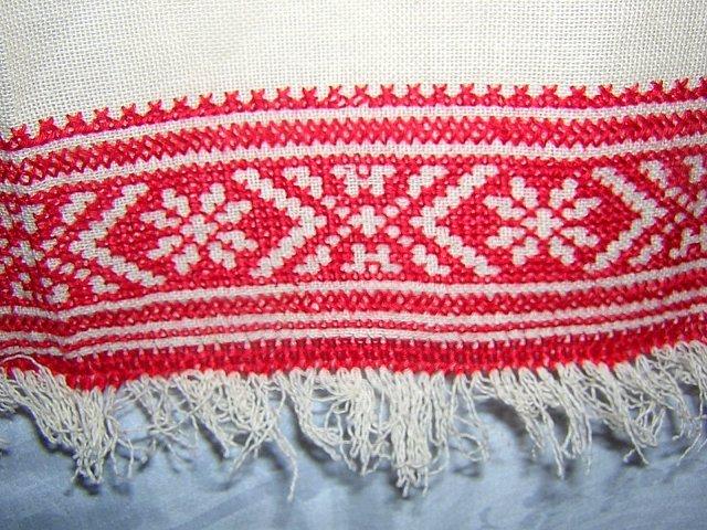 Cross-stitch embroidered towel redwork vintage linens hc1528
