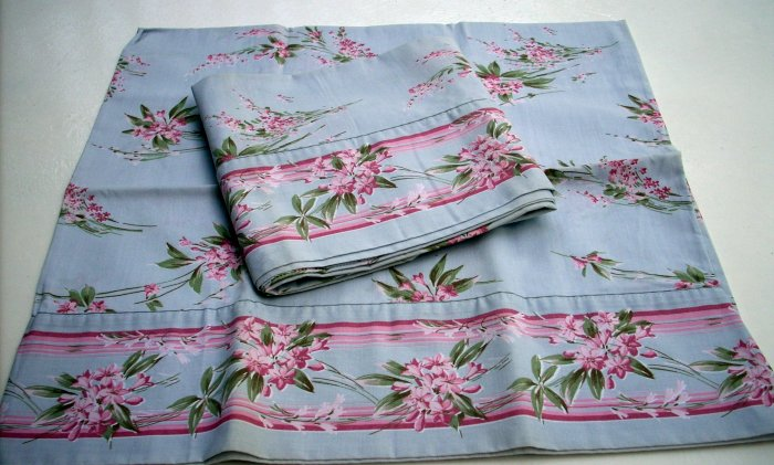 Pair kingsize pillowcases Pierre Cardin Burlington floral unused vintage linens hc1532