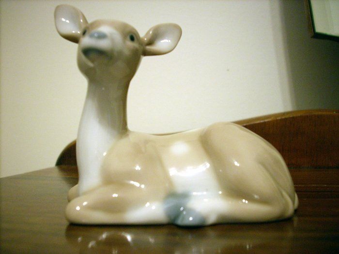 Otagiri fawn ceramic figurine soft colors high glaze hc1672