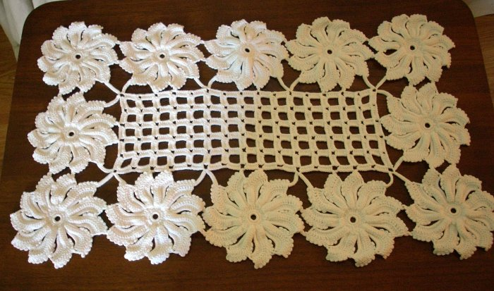 Hand crocheted large doily or table centerpiece pristine white flowers and grid hc1687
