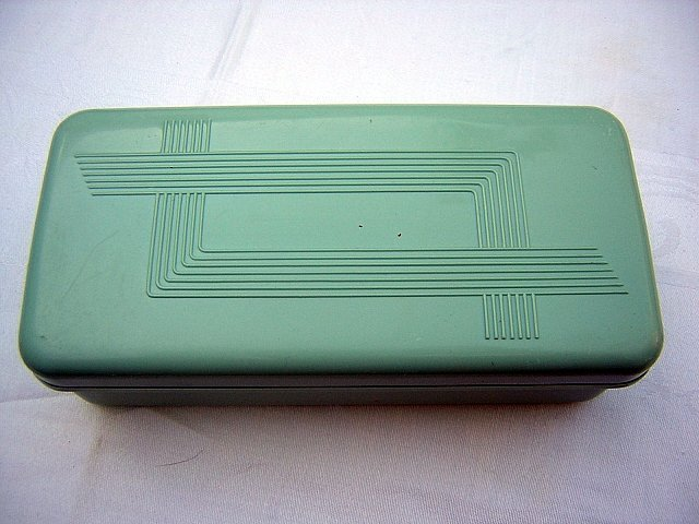 Celluloid plastic box with insert classic Art Deco vintage hc1690