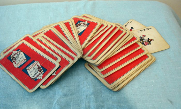 Chesterfield cigarettes advertising playing cards vintage complete hc1868