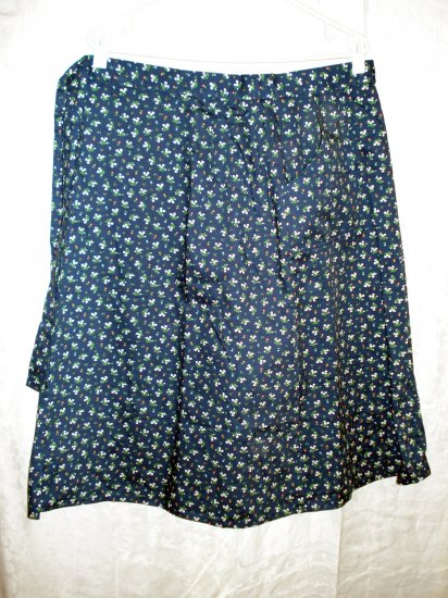 Plus sized half apron floral print pockets handmade unused hc1940