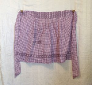 Hand made embroidered lilac gingham apron unused vintage aprons hc2116
